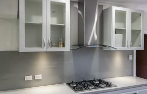 Kitchen glass splashback colours