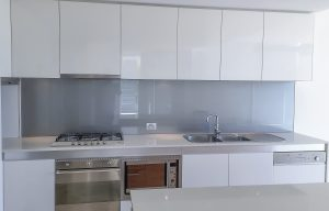 Kitchen splashbacks in blue colour