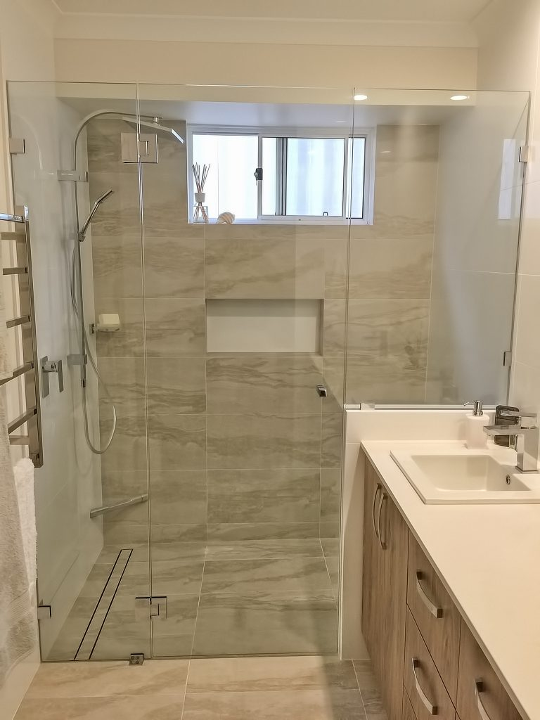 Frameless Shower Screen by Perth Shower Screens 0488184557