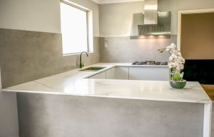 Porcelain sheet splashbacks