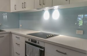 splashbacks for a modern kitchen area