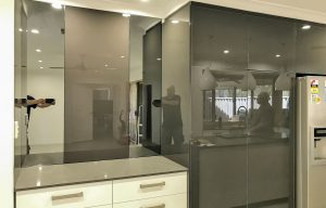 Reflex tough mirror kitchen splashbacks