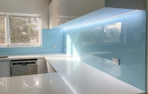 Parachute coloured glass splashbacks for your kitchen area